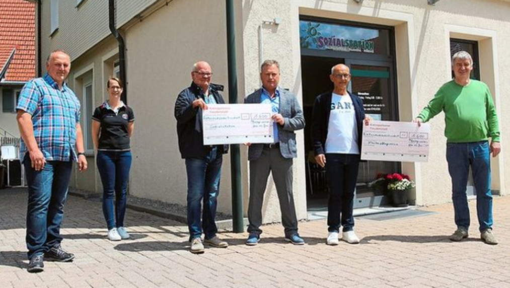 Spende von Zahnärzten Sozialstation Pfalzgrafenweiler